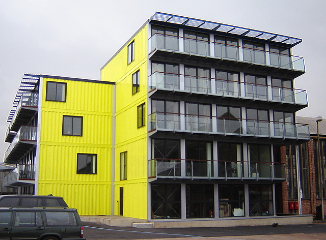 Ten recycled shipping container buildings recyclenation Container appartement