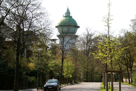 Essen Bredeney   Wasserturm 03 ies Seven Water Towers Transformed into Houses