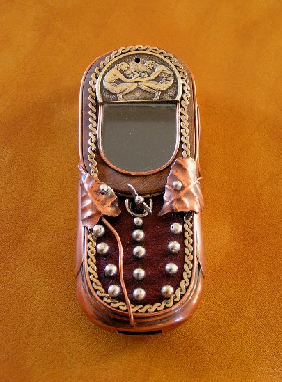 9 beginning detail Ten Incredible Steampunk Cell Phones