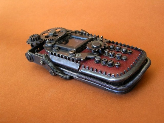 tenk1 Ten Incredible Steampunk Cell Phones
