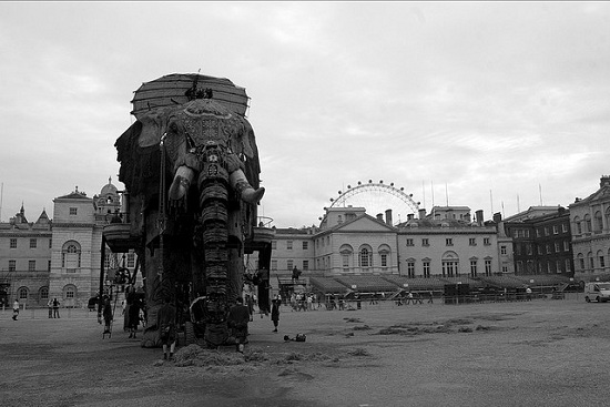 E04 The 45 Ton Mechanical Elephant That Thundered Through the Streets of London