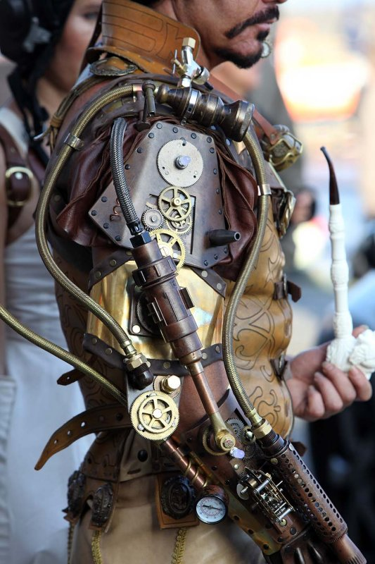 ste&unk recycled armor & Ten Incredible Suits of Steampunk Armor | RecycleNation