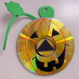 Pumpkin recycled CD Make Your Own Recycled Halloween Crafts