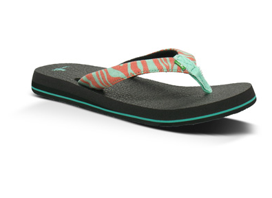 Sanuk recycled flip flop Yoga Mats Reincarnated as Sandals