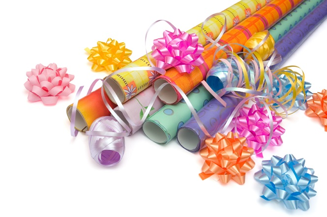 How to recycle gift wrap recyclenation how to recycle wrapping paper negle