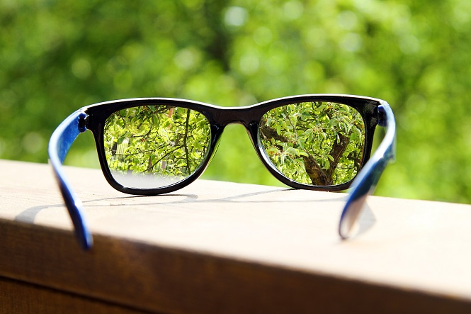 How to Recycle Glasses | RecycleNation