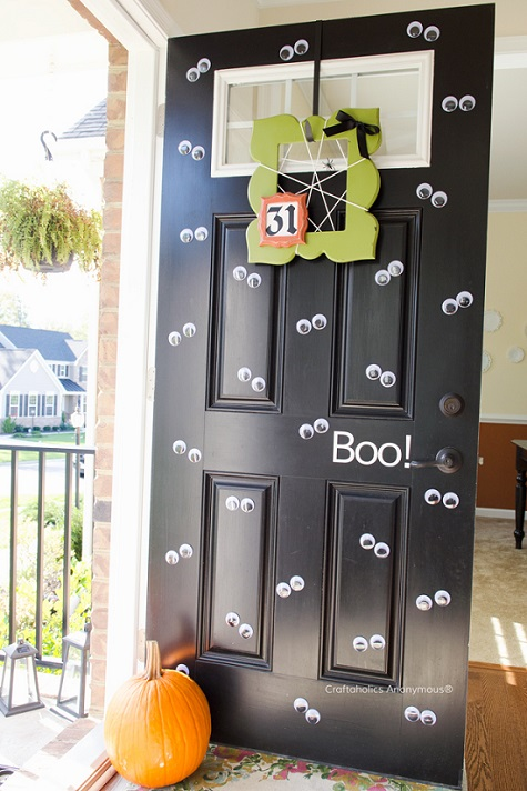 Googly eye door Make your trick-or-treaters think ghosts are peering out your doorway with this easy project. The eyes were just attached to the door with ... & 10 Spooky DIY Door Decorations for Halloween | RecycleNation